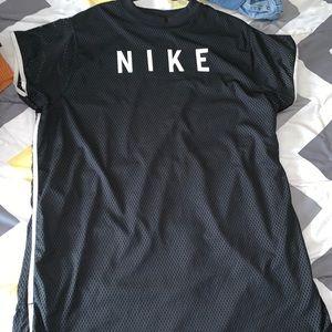 Plus size Nike dress ✨